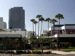 courtesy http://www.latourist.com/index.php?page=century-city-mall