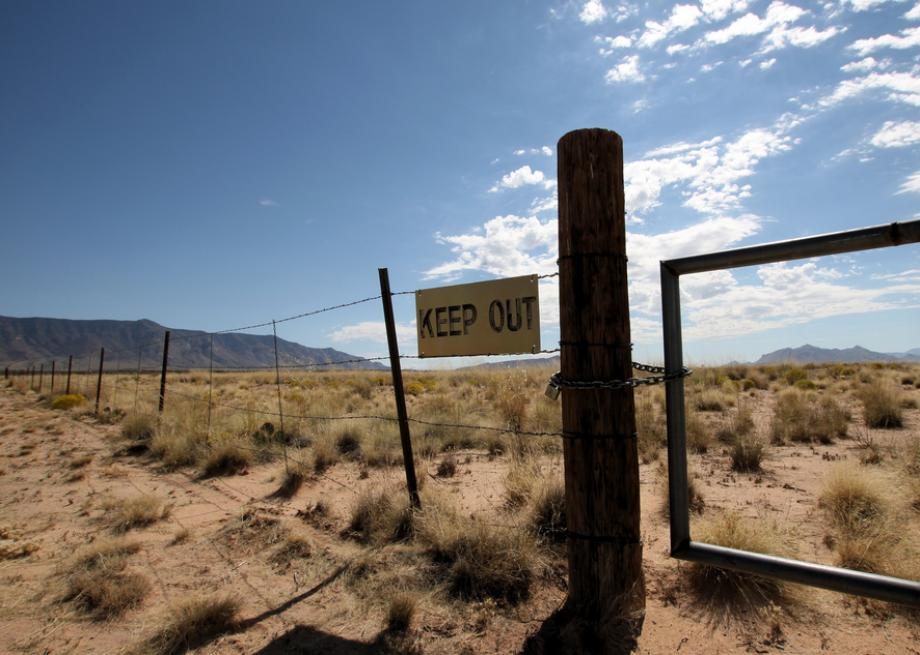 courtesy http://www.slate.com/content/dam/slate/blogs/atlas_obscura/2014/03/18/the_trinity_site_in_new_mexico_where_the_first_nuclear_weapon_was_tested/keepout.jpg.CROP.promo-large2.jpg
